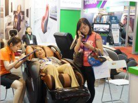 Ghế massage toàn thân phù hợp với lứa tuổi nào nhất